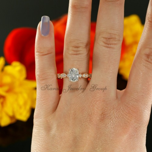 Oval Shape Solitaire Engagement Ring Mounting in 14K White and Rose Gold