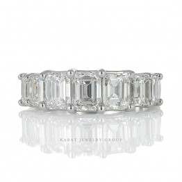 KBR-3657-7_Emerald Cut Diamond Prong Set Wedding Band