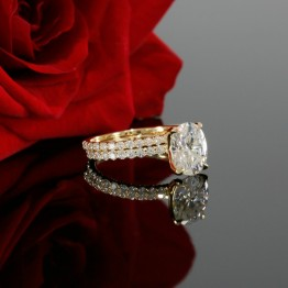 Oval Shape Diamond Solitaire Engagement Ring Mounting with Matching Band in 14K Yellow Gold