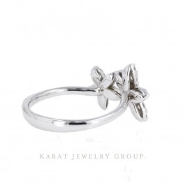 Flower Style Diamond Middle Finger Ring in 14k White Gold