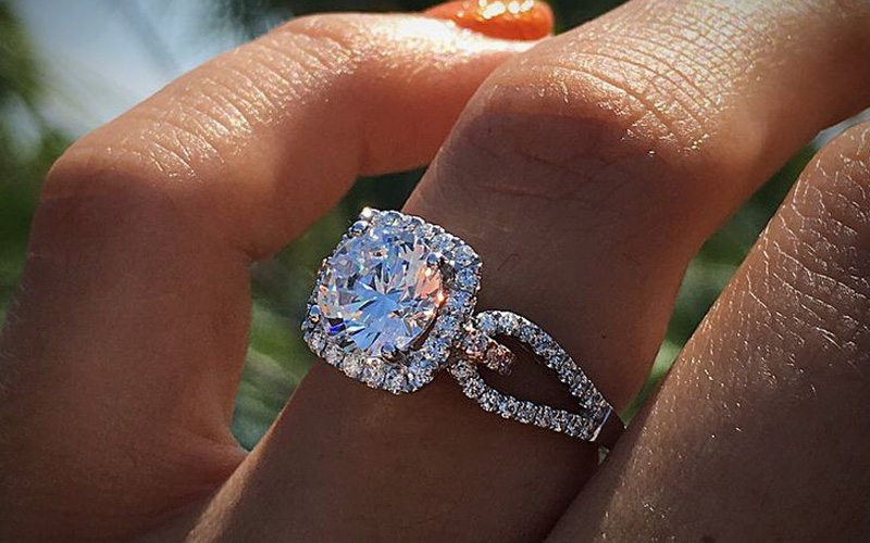 Ten Things You Never Knew About Buying an Engagement Ring