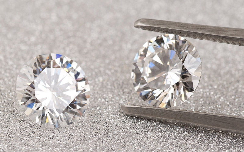 Understanding Naturally Mined And Lab-Grown Diamonds